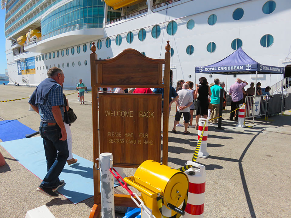 embarquement à bord du Symphony of the Seas