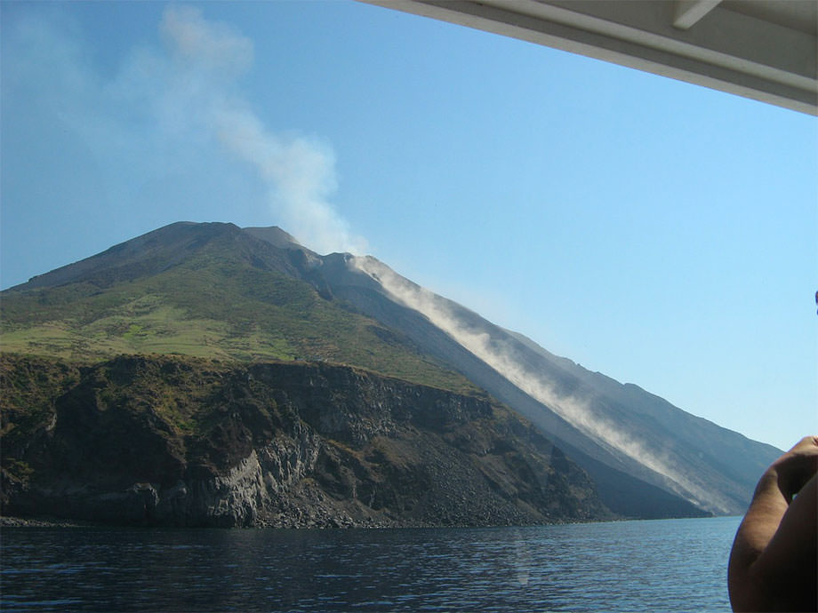 Volcan Stromboli en éruption